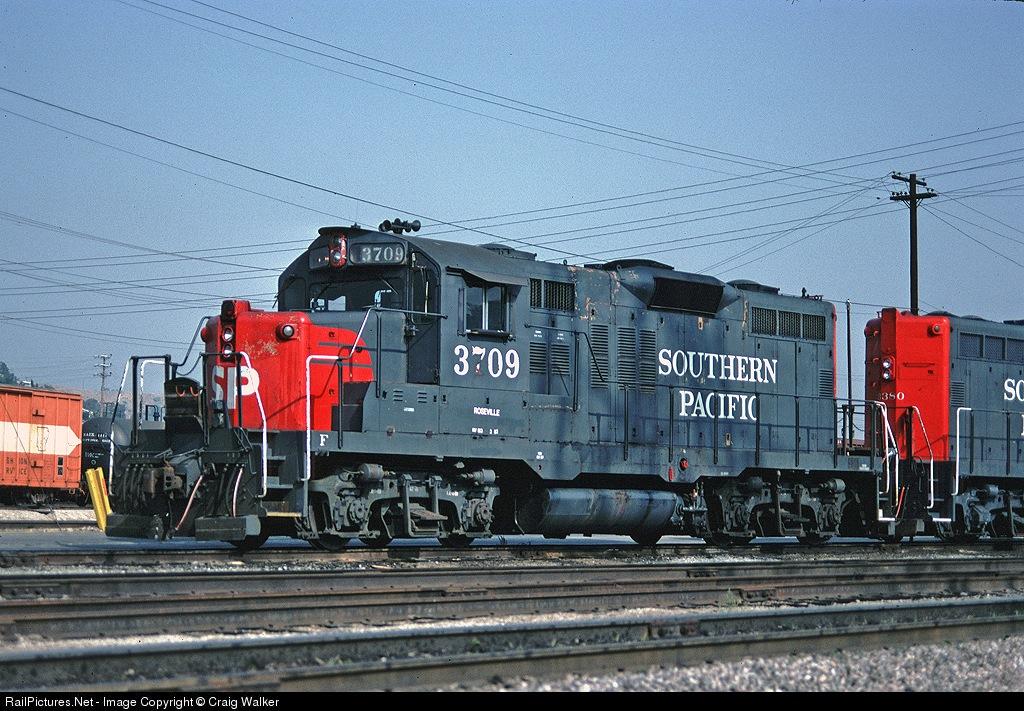 SP 3709 at Taylor Yard in Los Angeles, CA on May 14, 1982. Craig Walker Photo.